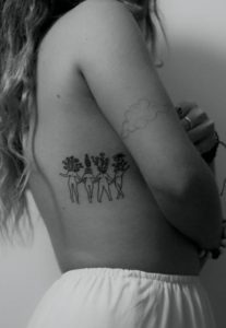 Women-Rib-Tattoos