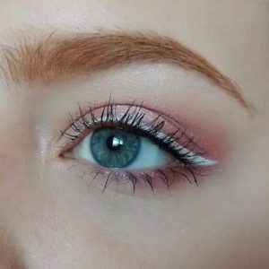 pink eyeshadow makeup for redheads
