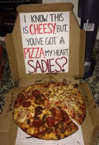 Cool-promposals-for-him