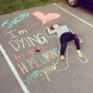 Hilarious-Homecoming-Proposals