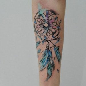 daisy-dreamcatcher-tattoos
