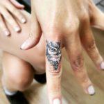 finger-owl-tattoo