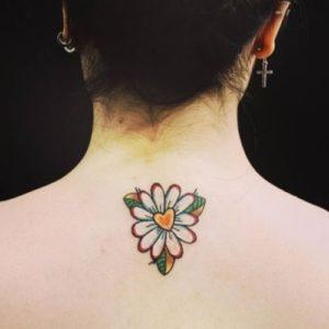heart-daisy-flower-tattoo