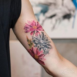 pink-daisy-flower-tattoo