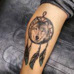 wolf-dreamcatcher-tattoos